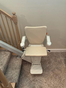 Handicare 1100 stair lift installed in Belleville IL