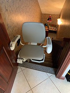 Stair lift Collinsville IL swiveled