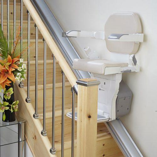 handicare-xclusive-on-steps